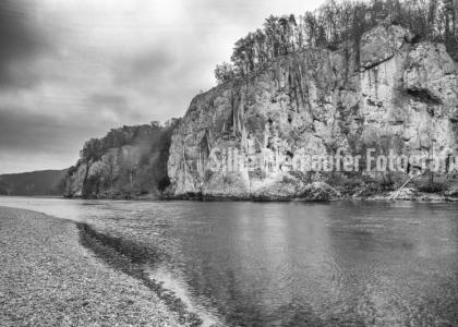 Kalksteinfelsen im Donaudurchbruch, Bayern.
